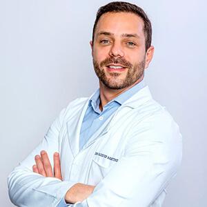 Dr. Cassius Martins