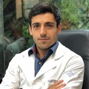 Dr. Gustavo Consenza