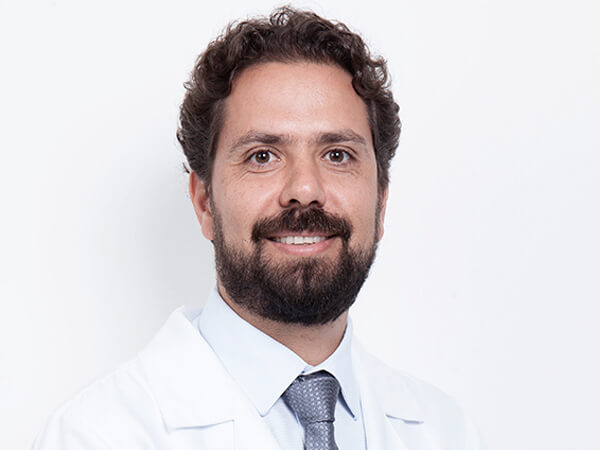 Dr. Renato Pereira